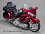 HONDA GOLDWING ĐỎ - NEWRAY - 1/12