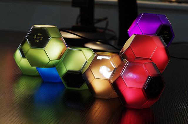 đèn trang trí khối mầu hình học