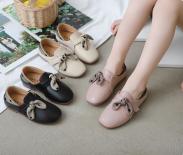 Giày tây bé gái