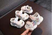sandal thể thao bé gái