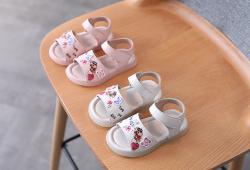 sandal nhí siêu cute