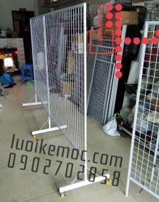 Khung lưới đôi có chân (hoặc bánh xe) 1m x 1.5m