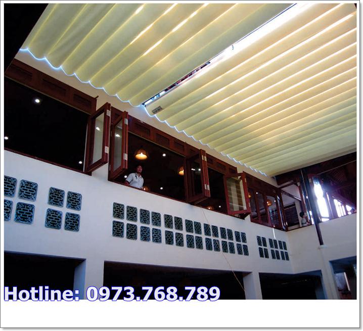 bạt mái xếp nhà hàng
