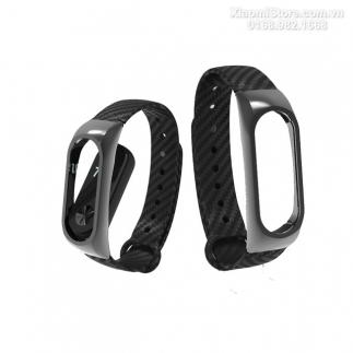 Dây đeo kim loại vân Carbon Banggood dành cho Miband 2