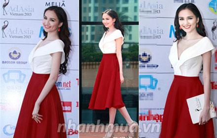 Đầm xòe Red &White cổ chữ V cách điệu thời trang